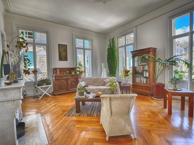 Appartement, 228 m²