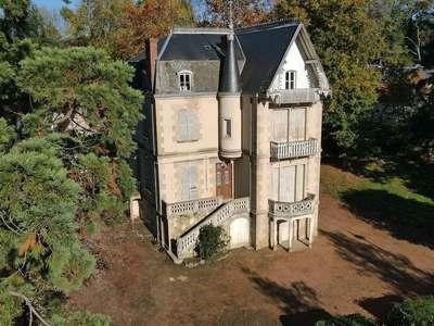 Maison, 332 m²