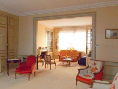 Maison, 345 m²