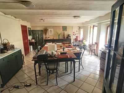 Maison, 176 m²
