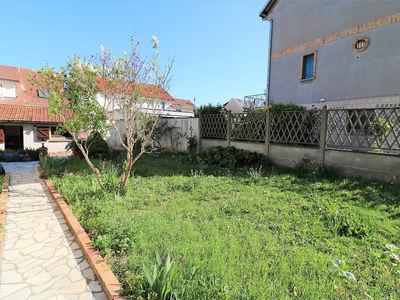 Terrain, 180 m²
