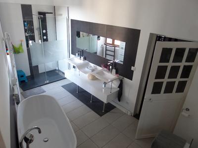 Maison, 302 m²