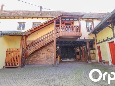 Maison, 1 500 m²