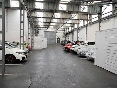 Parking, 900 m²