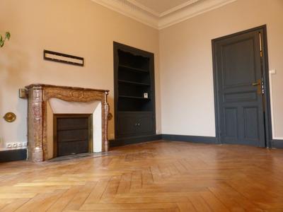 Immeuble, 592 m²