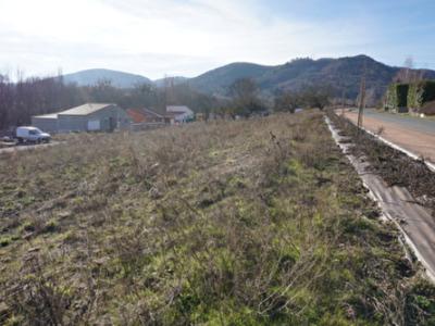 Terrain, 593 m²