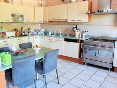 Maison, 355 m²