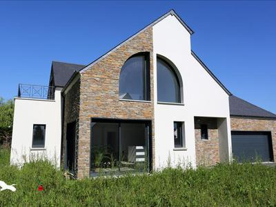Maison, 157 m²