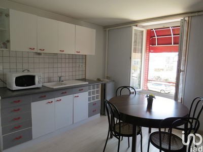 Immeuble, 368 m²