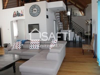 Maison, 388 m²