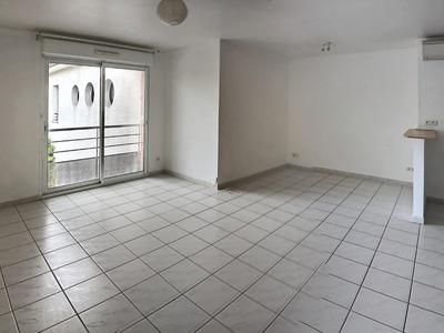 Immeuble, 97,99 m²