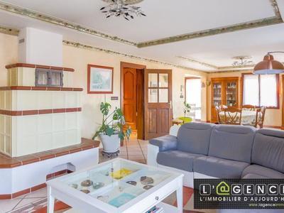 Maison, 207,66 m²