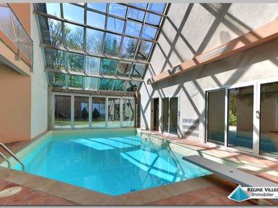 Maison, 358 m²