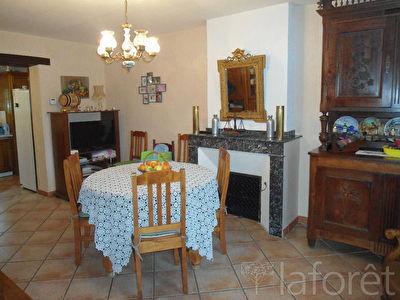 Maison, 253,1 m²