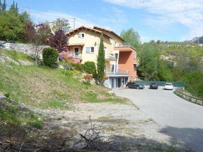 Terrain, 1 665 m²