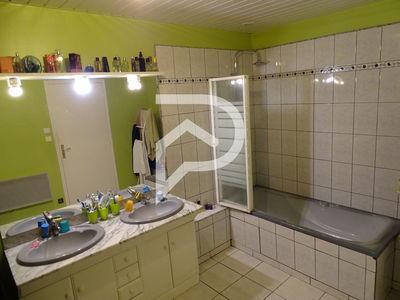 Maison, 185 m²