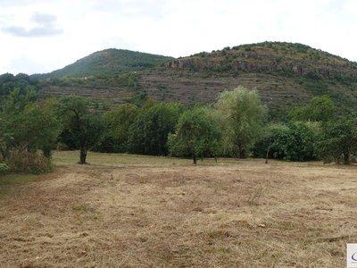 Terrain, 900 m²