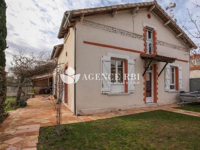 Maison, 330 m²