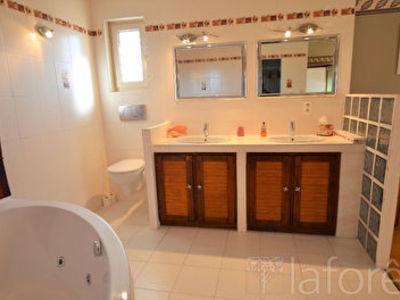 Maison, 233 m²