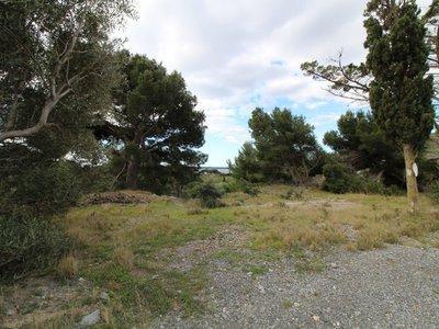 Terrain, 1 090 m²