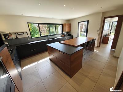 Maison, 242,52 m²
