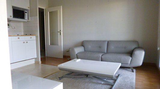 Location appartement 2 pi ces 31 m dijon 21000 superimmo for Bourgogne gite avec piscine