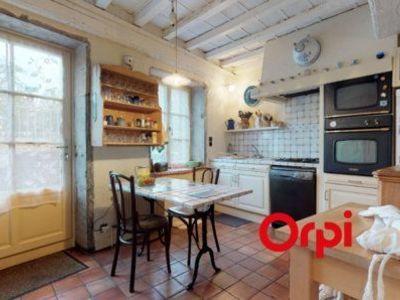 Maison, 253,78 m²