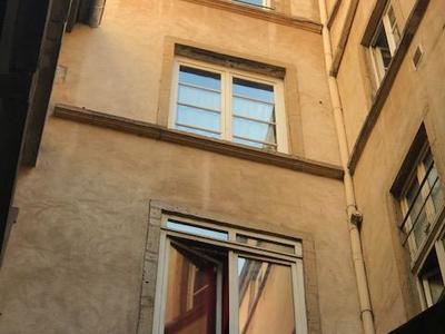 Immeuble, 890 m²