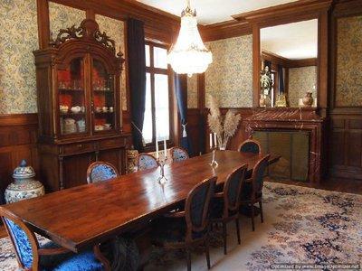 Maison, 1 350 m²