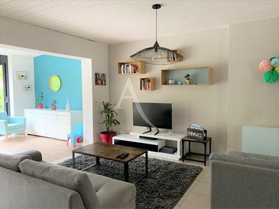 Maison, 122,27 m²