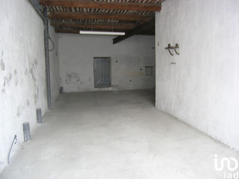 Parking, 135 m²