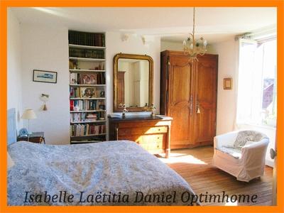 Maison, 277 m²