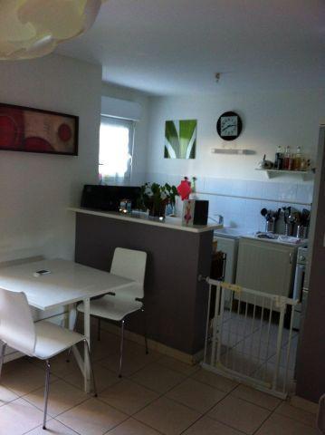location appartement 3 pi ces 59 m la seyne sur mer 83500 superimmo. Black Bedroom Furniture Sets. Home Design Ideas