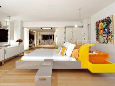 Maison, 1 100 m²