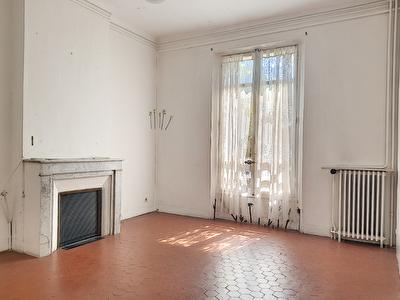 Immeuble, 124 m²