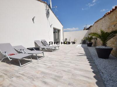 Maison, 1 370 m²