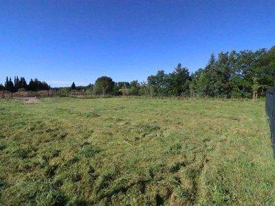 Terrain, 1 375 m²