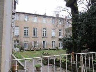 Immeuble, 2 500 m²