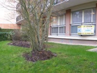 Location appartement rez de jardin dans les Yvelines (78) - Superimmo