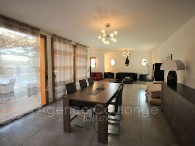 Maison, 145,88 m²