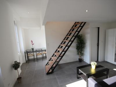 Immeuble, 708 m²