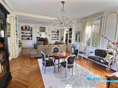 Maison, 495 m²