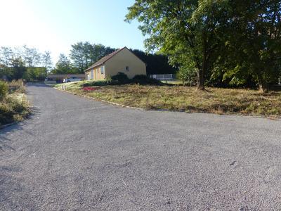 Terrain, 681 m²