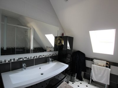 Maison, 191 m²