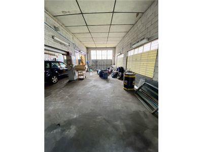 Parking, 175 m²