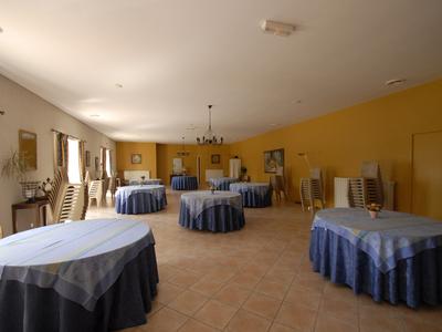 Maison, 890 m²