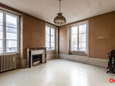Immeuble, 146,77 m²