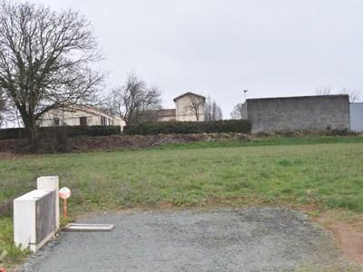 Terrain à bâtir, 650 m²
