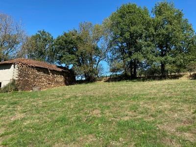 Terrain à bâtir, 1 500 m²