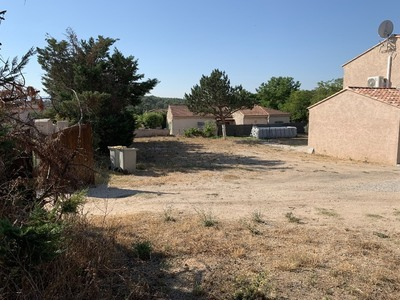 Terrain à bâtir, 660 m²
